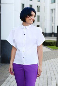 Белая открытая блуза