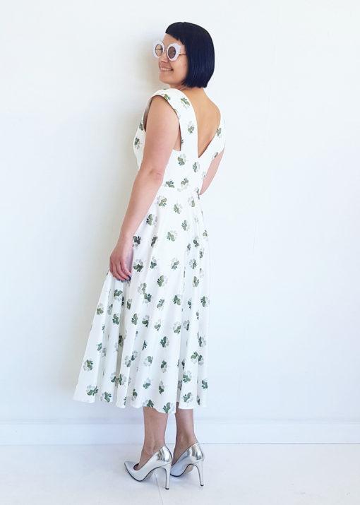 Белое хлопковое платье с принтом вид2
