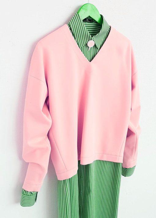 Нежно-розовый джемпер