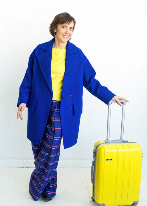 Синее утепленное пальто вид3
