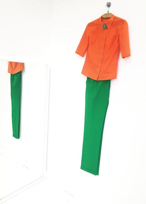 Зеленые брюки вид2