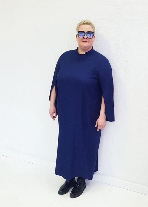 Темно-синее платье-рубашка с длинным рукавом вид2