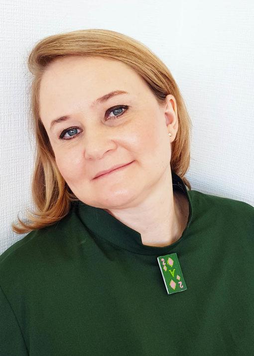 Темно-зеленое платье-рубашка с длинным рукавом вид2