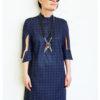 Темно-синее графичное платье-рубашка