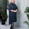 Темно-синее графичное платье-рубашка вид7